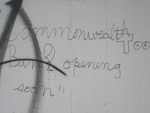 graffiti-commonwealth-bank