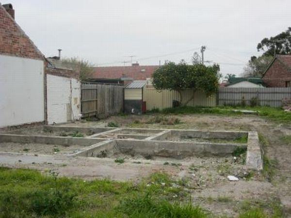 25-barak-road-foundations