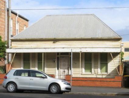 Evans St house