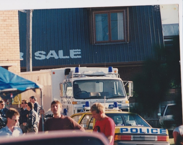 Glimpse of 'Not for Sale' sign from Mission to Seamen building image courtesy of the Port Melbourne Historical and Preservation Society