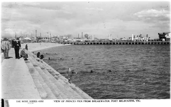 1-princes pier from breakwater slv
