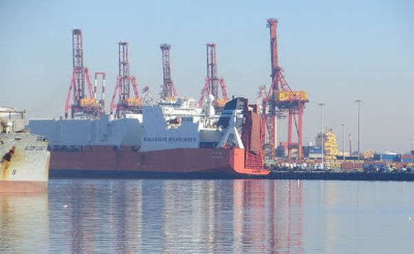 Port of Melbourne leased